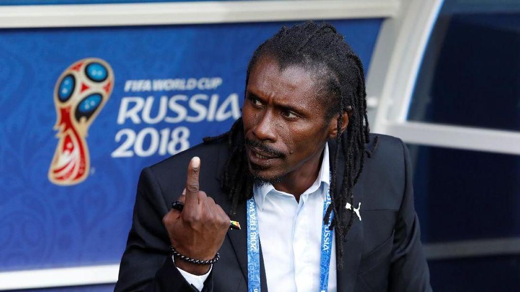 Tentang Aliou Cisse, Pelatih Eksentrik Senegal