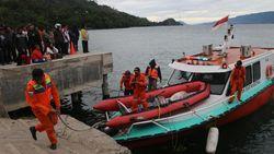 Penumpang KM Sinar Bangun di Danau Toba Diduga Terjebak di Kapal
