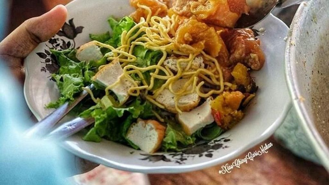 10 Racikan Tahu Campur Surabaya Ini Cocok Buat Makan Siang