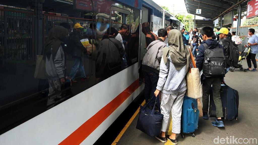 Naik KA Bandara Soetta Bisa dari Manggarai Akhir Februari