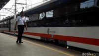 Kereta Bandara Sampai Bekasi, Damri Tak Takut Ditinggal Penumpang