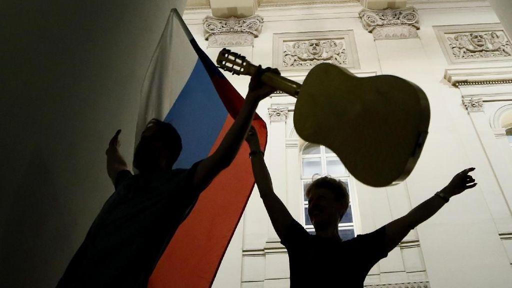 Mau Nonton Langsung Piala Dunia di Rusia? Jangan Ngutang