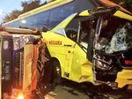 Kecelakaan Truk dan Bus di Tol Pasar Rebo Jaktim, Lalin Padat