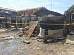 Rumah Kontrakan yang Terbakar di Jaktim Digaris Polisi
