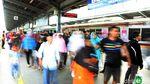 Libur Lebaran Terakhir, Warga Bekasi Jajal Kereta Bandara Soetta