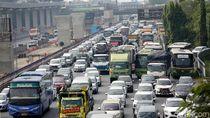Menhub Gelar Rapat soal Macet Parah Tol Jakarta-Cikampek Besok
