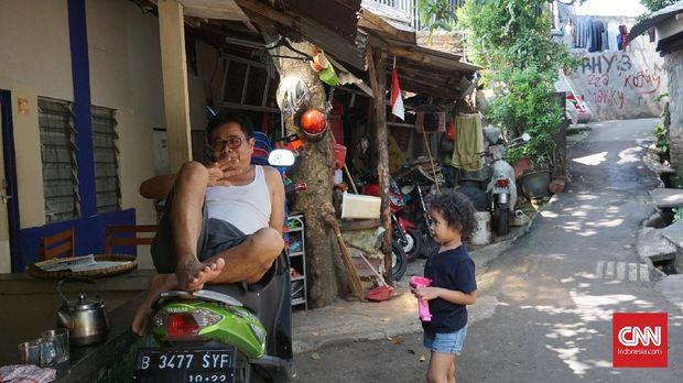 Suasana di Gang Langgar, kampung Betawi asli di balik kemegahan Kemang.