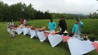 Suasana piknik bersama Club Med Tomamu (Dina/detikTravel)