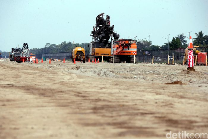 Begini penampakan terkini progres pembangunan landasan pacu alias runway ketiga di Bandara Soekarno Hatta, Kamis (21/6/2018).