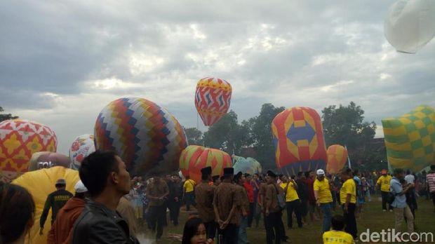 Festival Balon Udara di Ponorogo/