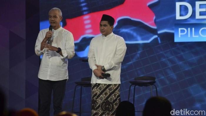 Ganjar Pranowo-Tak Yasin di Debat Cagub Jateng 2018. Foto: Angling Adhitya Purbaya/detikcom