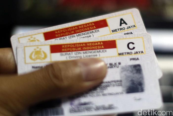 Ilustrasi SIM A dan C