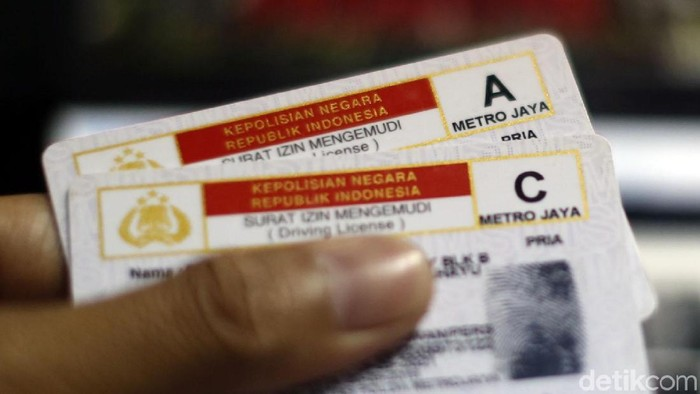 Kelak ngurus SIM bakalan susah kalau nunggak iuran BPJS Kesehatan. (Foto: Rachman Haryanto)
