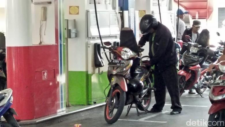 SPBU Self Service di Jalan MT Haryono Jakarta (Foto: Ruly Kurniawan)
