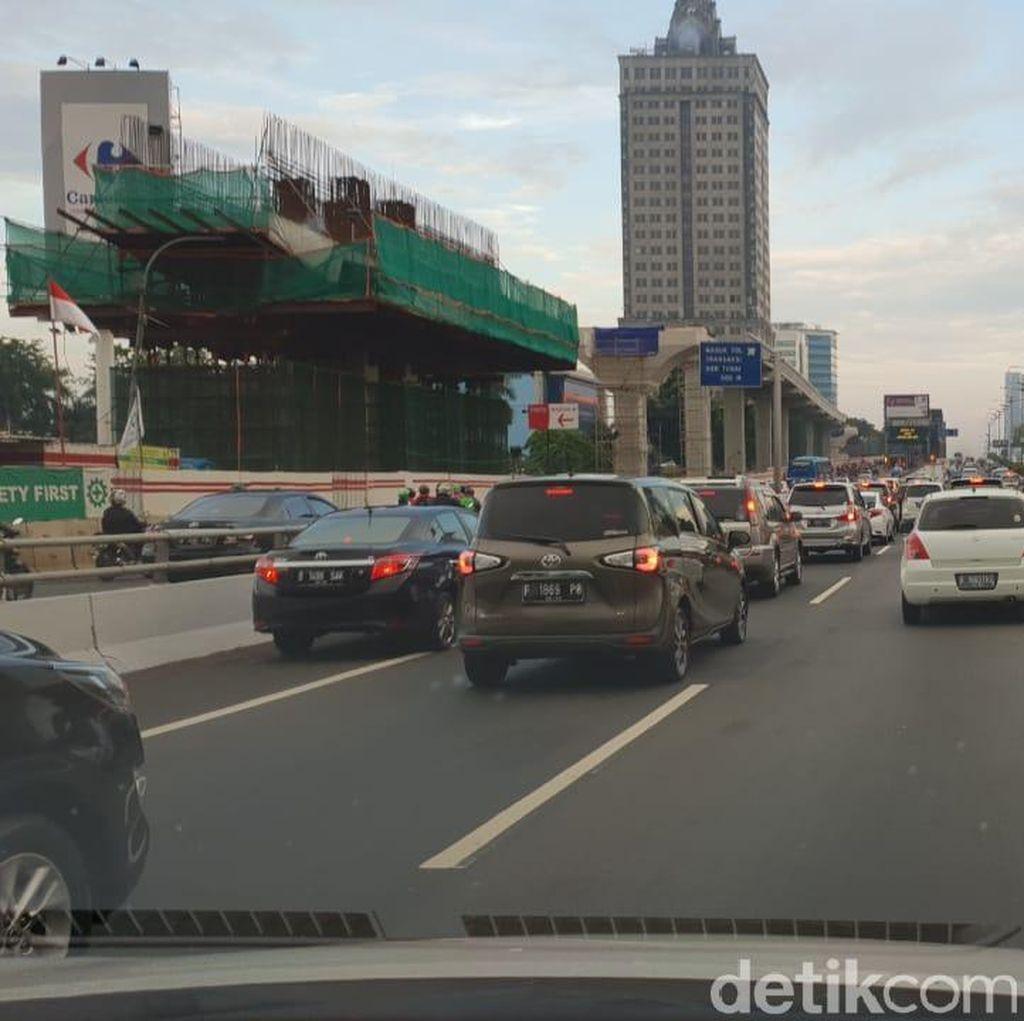 Hari Pertama Masuk Kerja, Lalin Bekasi-Jakarta Belum Sepadat Biasanya