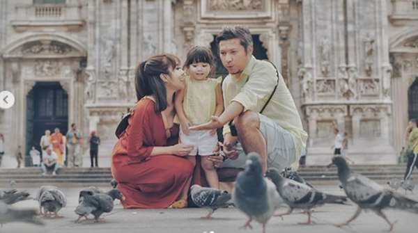 Serunya Momen Liburan Keluarga Gading-Gisel di Milan