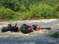 River tubing di Salatiga (Galihyoga/d'Traveler)