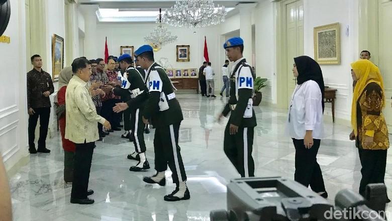 JK Gelar Halalbihalal dengan Pegawai Kantor Wapres