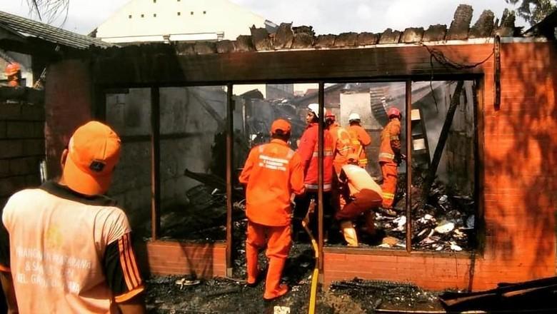 Rumah di Gandaria yang Terbakar PAUD, Diduga Akibat Gas Bocor