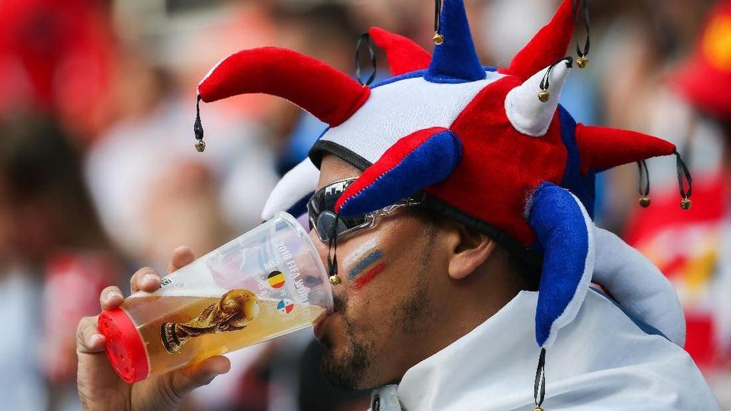 Piala Dunia Makin Seru, Persediaan Bir di Rusia Kian Menipis