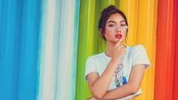 Usai merilis single pertamanya, Marion Jola tampil makin seksi. Beragam komentar netizen muncul hingga ia harus menutup komentar di salah satu fotonya. Foto: Dok. Instagram/lalamarionmj