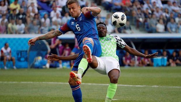 Ahmed Musa mencetak dua gol ke gawang Islandia di Piala Dunia 2018.
