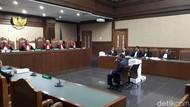 Fredrich Sebut Pleidoi 2 Ribu Lembar untuk Bongkar Manipulasi Jaksa