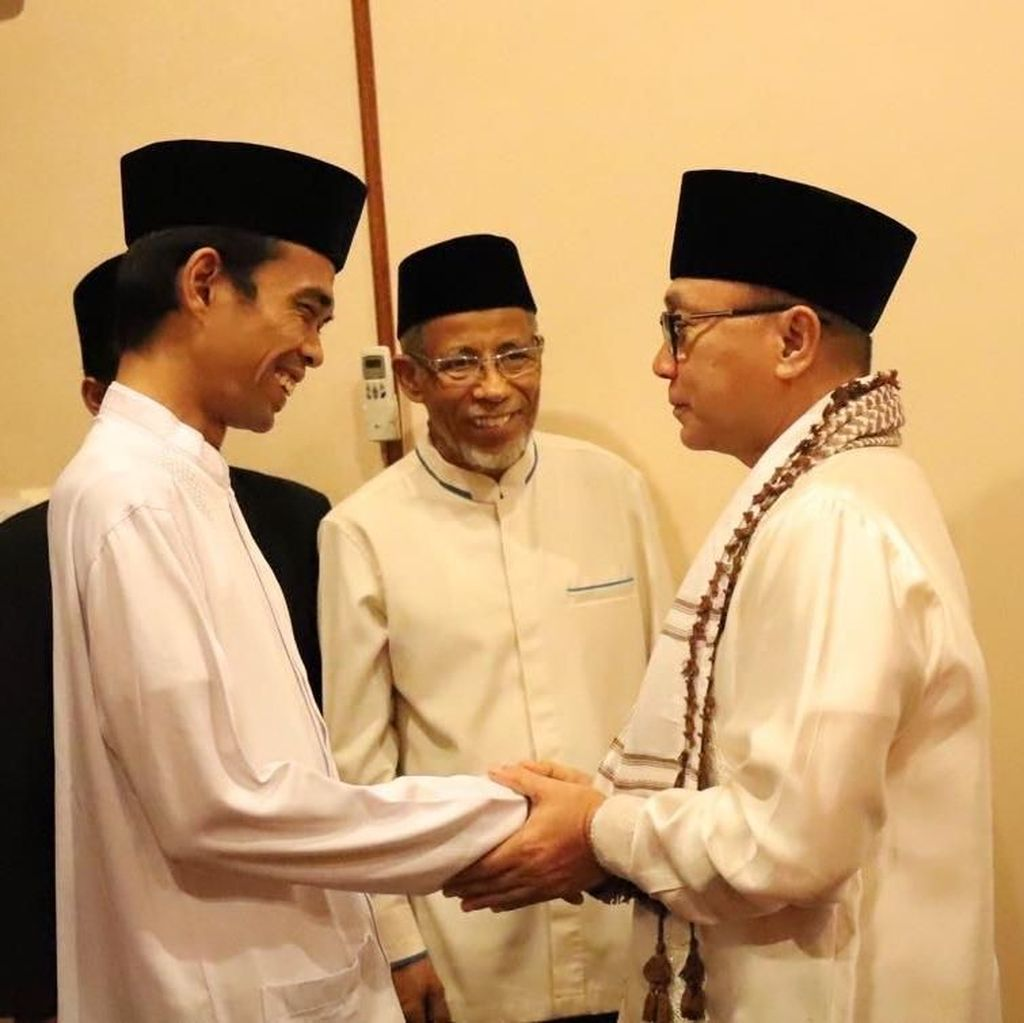 Zulkifli Hasan Bertemu Ustaz Somad, Bicara Soal Sosok Pemimpin