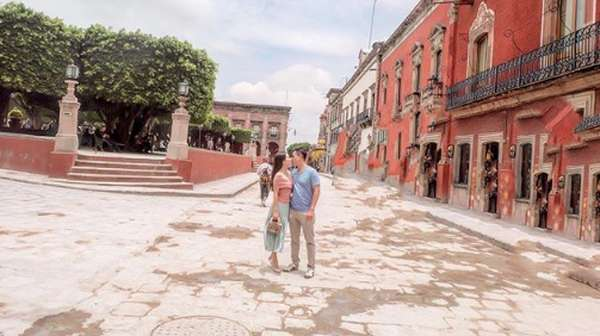 Momen Mesra Shandy Aulia dan Suami di Meksiko