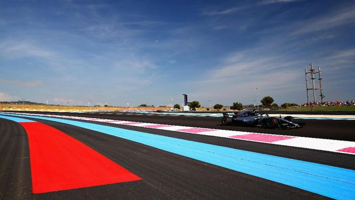 Lewis Hamilton tercepat di latihan bebas kedua GP Prancis. (Foto: Mark Thompson/Getty Images)