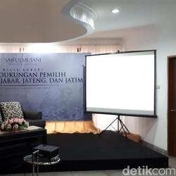 SMRC: Elektabilitas Cagub Jabar Ridwan Kamil Ungguli Calon Lain