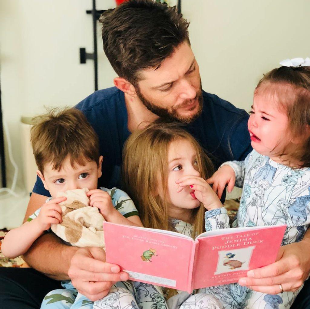 Kenalan dengan 3 Anak Aktor Jensen Ackles yang Menggemaskan