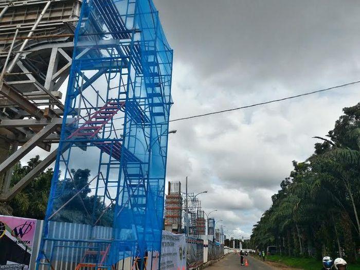 Ini adalah penampakan jalur LRT Palembang saat awal mulai konstruksi (Foto: Grandyos Zafna). dok. detikcom
