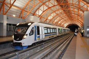 Penampakan LRT Palembang yang Disebut Prabowo Kemahalan