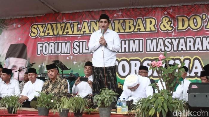 Taj Yasin menghadiri Syawalan Akbar dan Doa Bersama Forum Silaturahmi Masyarakat Magelang. Foto: Pertiwi/detikcom