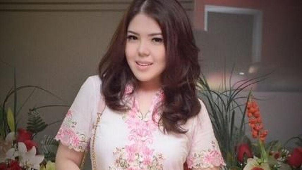 Ucapan Bahagia Tina Toonita atas Kelahiran Cucu ke-2 Jokowi