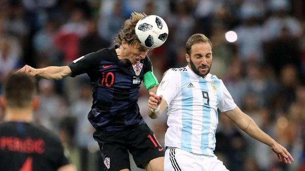 Timnas Argentina harus meraih kemenangan lawan Nigeria. (