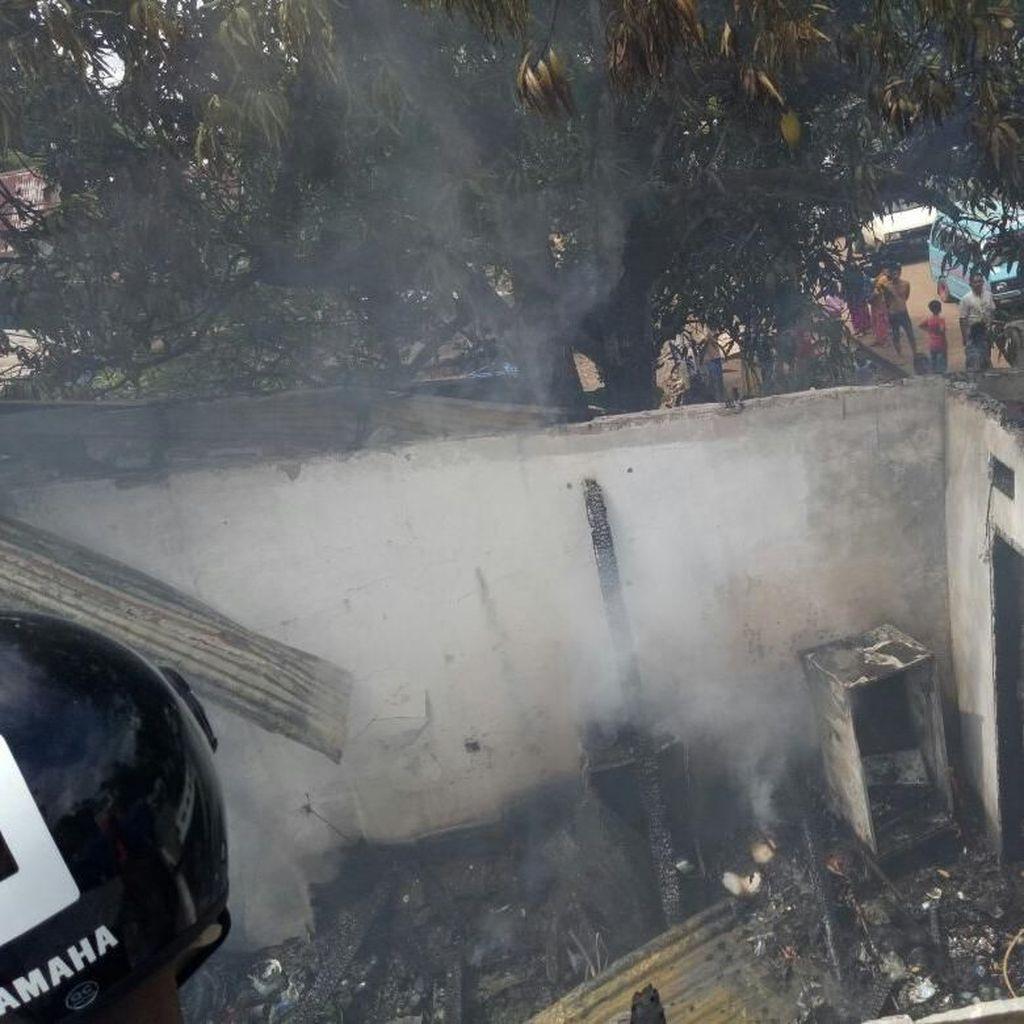 Kebakaran Toko Klontong di Maros, Bayi Nyaris Terpanggang