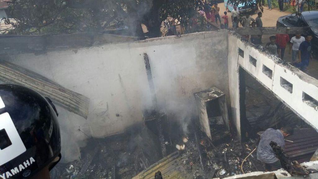 Kebakaran Toko Kelontong di Maros, Bayi Nyaris Terpanggang