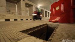 Sandi Kutuk Pencurian Tutup Gorong-gorong Underpass Mampang