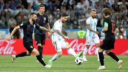 Tabrak-Tekel-Sikut, Ini Argentina Vs Kroasia Bung!
