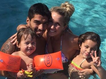Bahagia selalu Luis dan keluarga. (Foto: Instagram/luissuarez9)