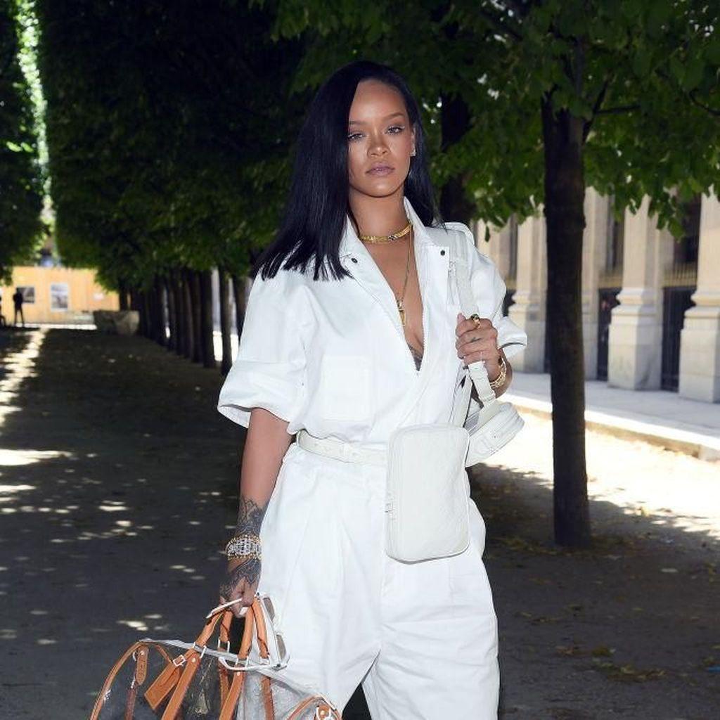 Kylie Jenner Hingga Bella Hadid di Show Louis Vuitton, Gaya Siapa Terbaik?