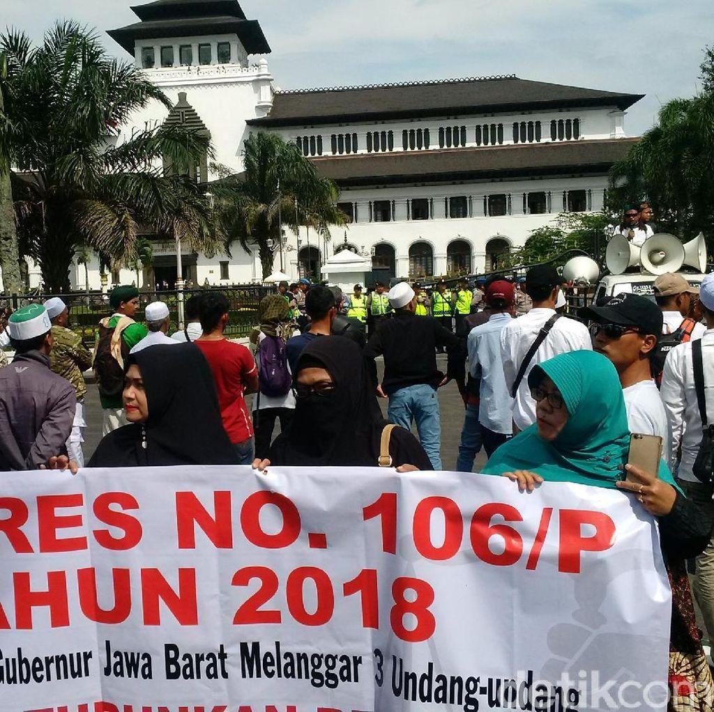 Ratusan Orang Protes Iriawan Sebagai Pj Gubernur Jabar