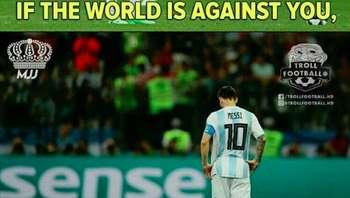 Netizen: Please, Jangan Salahkan Messi...
