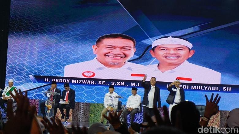 Pantun Zina Debat Cagub Jabar Deddy Mizwar Tuntaskan Pantun Ikan Tongkol 433