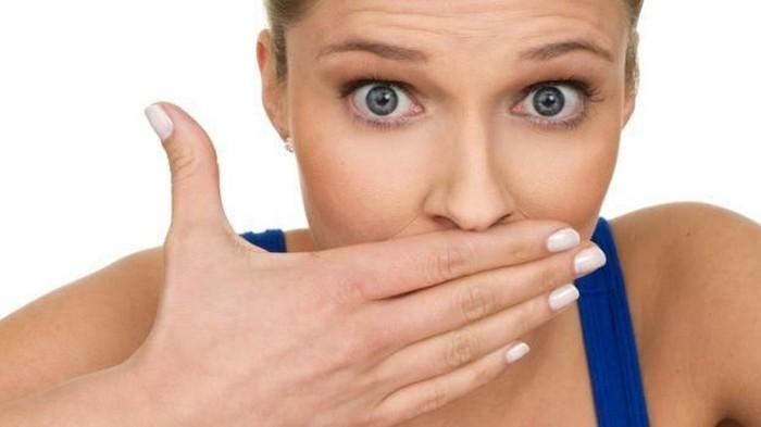 Kesehatan mulut yang tidak terjaga adalah salah satu penyebab bau mulut (Foto: Istimewa)