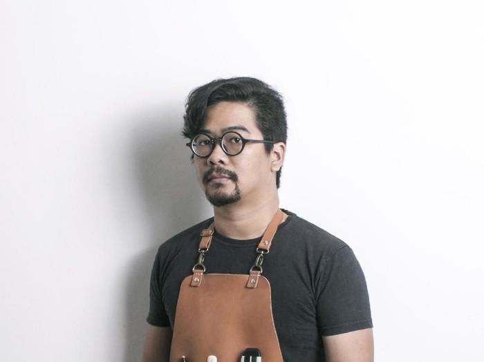Seniman Irfan Hendrian