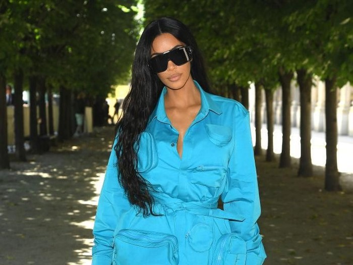 6 Pekan Jelang Persalinan, Berat Badan Kim Kardashian Naik 23 Kilogram