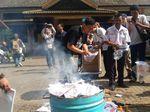 Jelang Pilkada, KPU Jambi Musnahkan Surat Suara Rusak